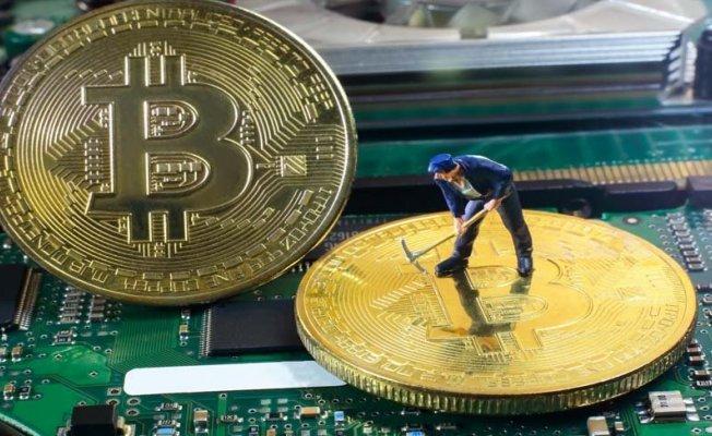 Kripto Para Birimi Olan Bitcoin'in Düşüş Sebepleri Neler?