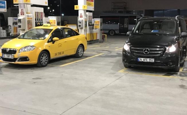 Taksi - Uber Kavgasında Kaybeden Taraf Taksiciler Oldu!