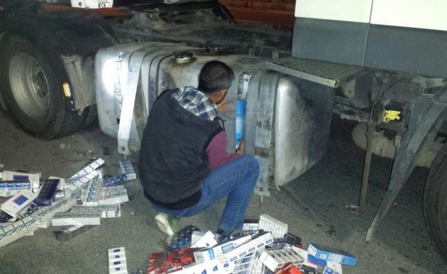 Yakıt deposundan 4 bin 700 paket sigara çıktı!