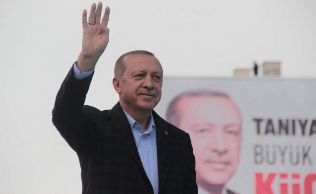 """Cumhurbaşkanı Erdoğan """"Münafıklar çetesini yere gömeceğiz"""""""