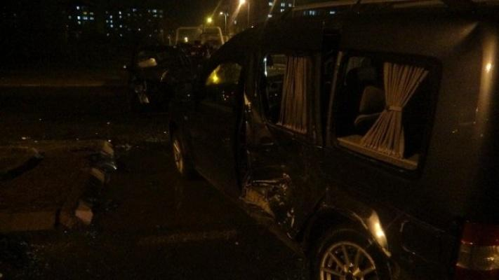 Otomobiller Hurdaya Döndü: 7 Yaralı!