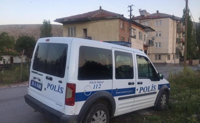 Kayseri'de üvey baba 3 yaşındaki oğlunu boğarak öldürdü!