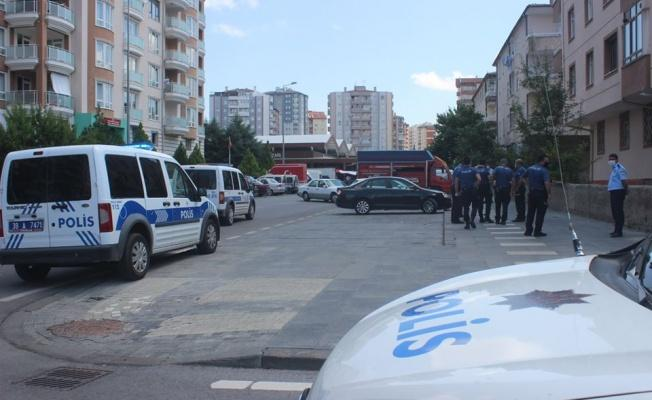 Sokak ortasında pompalı tüfekli çatışma