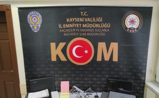 Paravan şirket kurup vatandaşları dolandıran suç örgütüne operasyon: 14 gözaltı