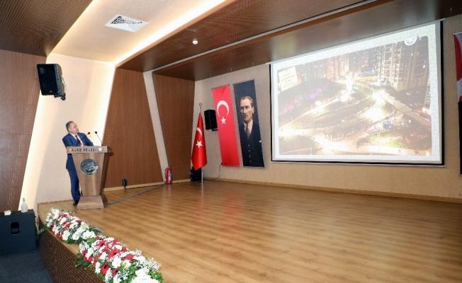 Başkan Yalçın'dan meclis üyelerine sunum