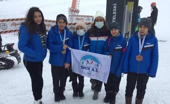 Kayseri'den 3 sporcu lig yarışmalarına katılacak