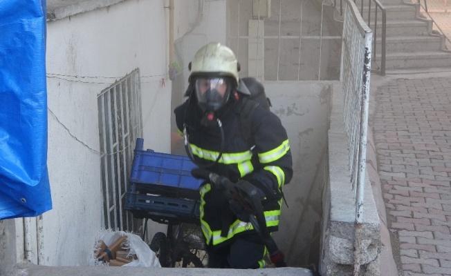 Fevzi Çakmak Mahallesi'nde korkutan yangın!