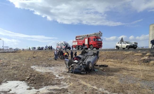 Kayseri'de 3 aracın karıştığı kazada 7 kişi yaralandı