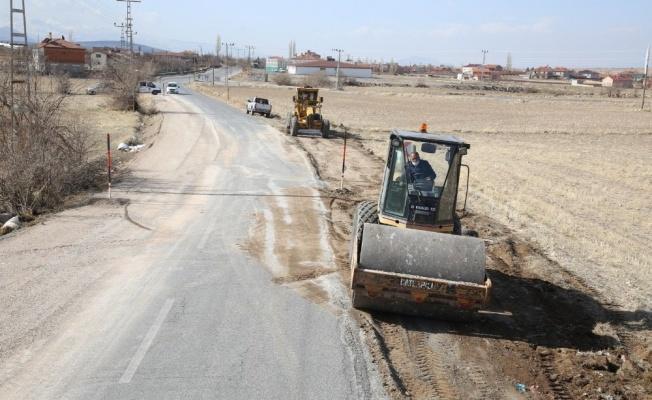 Küçük Bürüngüz ve Turan mahalleleri arası yol imar planına göre genişliyor