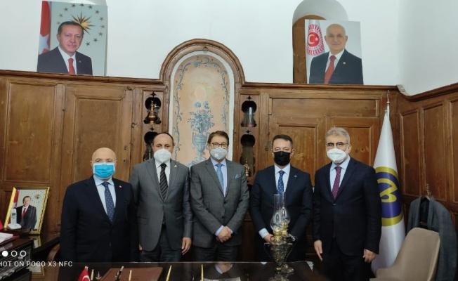 Afgan Bakan, Birlik Vakfı'nı ziyaret etti