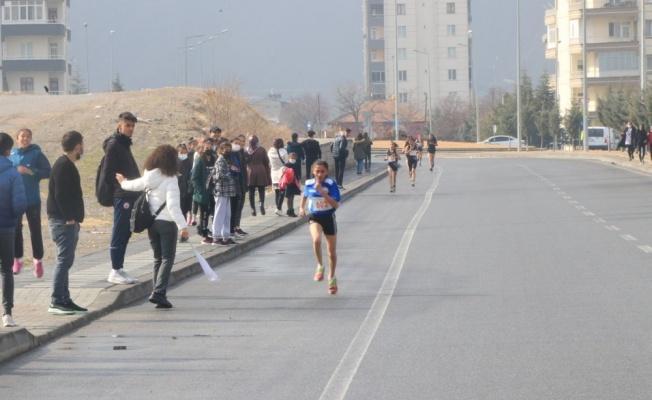 Atletizm Geliştirme Projesi İl Karmaları Kros yarışları sona erdi