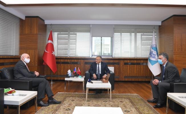 Başkan Büyükkılıç, Çek Büyükelçi'yi ağırladı