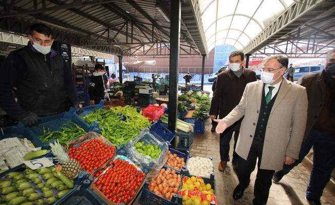 Başkan Özdoğan'dan esnafa yeni pazar yeri müjdesi