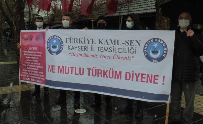 """Kamil Ünal: """"Türk'üm demeyi engelleyerek, Türk milleti yok olmaz"""""""