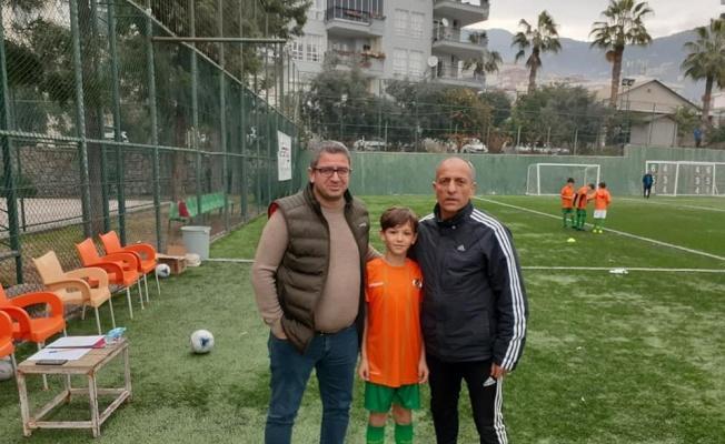 Kayseri'den iki oyuncu Aytemiz Alanyaspor altyapısına tranfser oldu