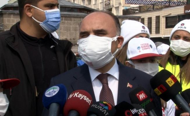 """Şehmus Günaydın: """"Aşılandık diye de temizlik, maske ve mesafe konusunda taviz vermememiz lazım"""""""