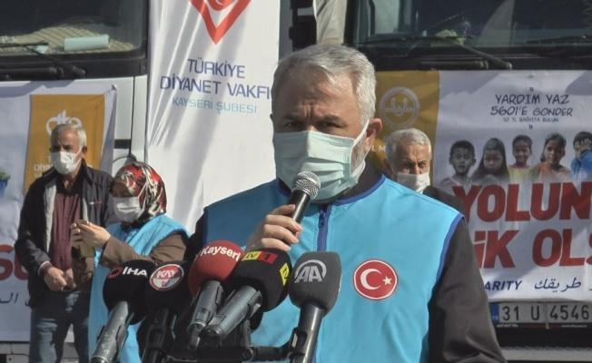 Sınır ötesinde bulunan Suriyelilere 13 tır yardım Kayseri'den yola çıktı