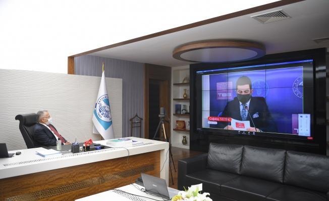 Başkan Büyükkılıç 'Belediyelerde Gıda Bankacılığı Çalıştayı'na video konferansla katıldı