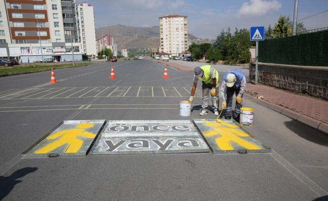 """Başkan Palancıoğlu, """"Trafikte öncelik yayalarındır, yaya geçişlerine öncelik veriyoruz"""""""