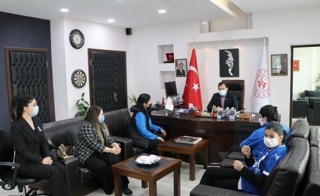 Kabakcı, 2 Nisan Otizm Farkındalık Günü'nde Otizmli sporcuları ağırladı