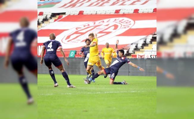 Kayserispor ile Antalyaspor 32.randevuda
