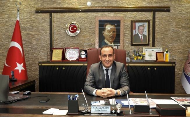 """İlmek'ten CHP İl Başkanına cevap: """"Kendi teşkilatından bihaber birine söylenecek söz de yoktur"""""""