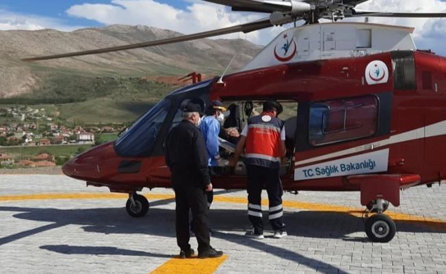 Kalp krizi geçirdi, hava ambulansıyla Erciyes Üniversitesine ulaştırıldı