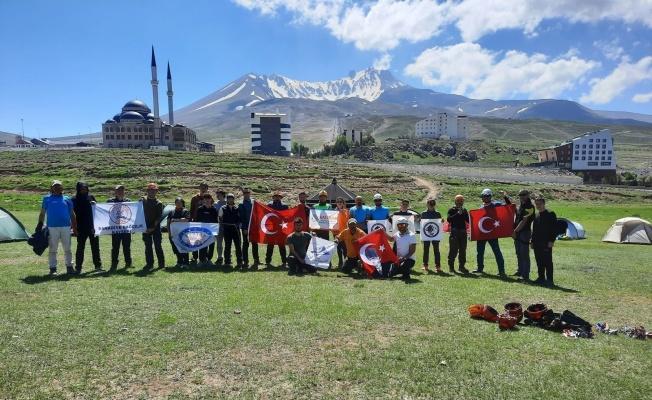 Kayseri'de Yaz Dağcılık Eğitim Kursu sona erdi
