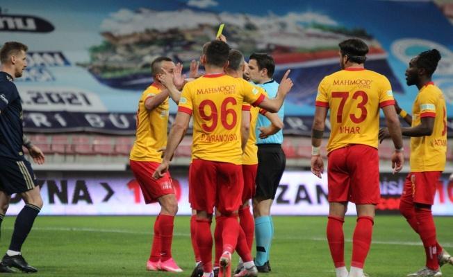 Kayserispor 78 sarı kart gördü