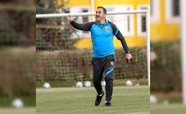 """Kayserispor Teknik Direktörü Koşukavak:""""Hep beraber inandık ve başardık"""""""