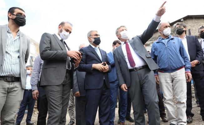 Başkan Palancıoğlu ve Milletvekili Taner Yıldız Gön Han'ı İncelediler