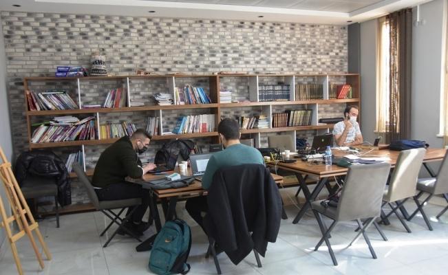Gelecek nesiller Kocasinan Akademi ile hayata hazırlanıyor