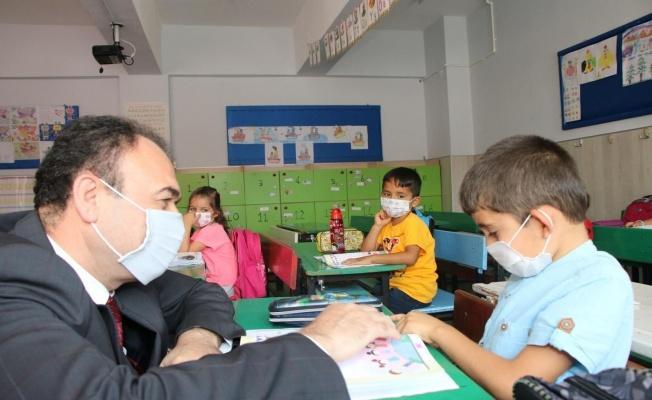 Kayseri'de sınıflar yeniden öğrencilerle doldu