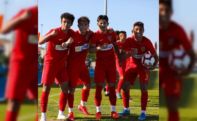 Kayserispor U19 çıkışa geçti