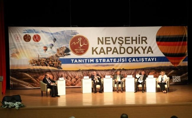 """KAYÜ Rektörü, """"Nevşehir - Kapadokya Tanıtım Stratejisi Çalıştayı'na"""" Panelist Olarak Katıldı"""