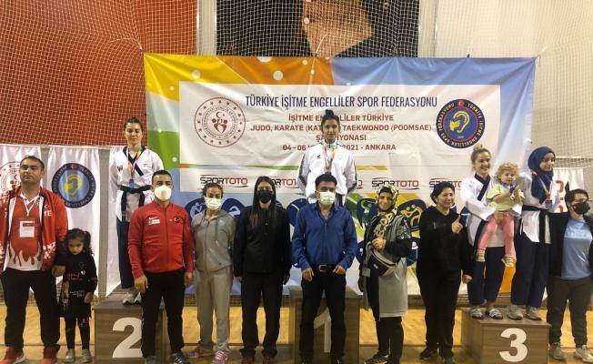Melikgazi Taekwondo Takımı Deafolimpik branşında takım halinde şampiyon oldu