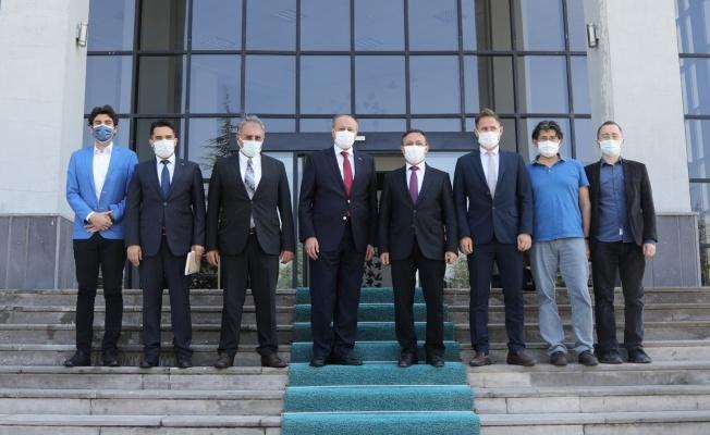 TUSAŞ Yönetim Kurulu Başkanı Prof. Dr. Rafet Bozdoğan, Rektör Prof. Dr. Mustafa Çalış'ı Ziyaret Etti