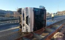 Kayseri'de 2 kazada 23 kişi yaralandı!